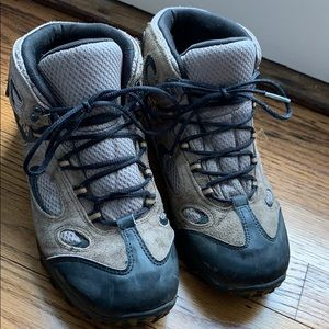 Merrell Chameleon Mid Hiking Boots